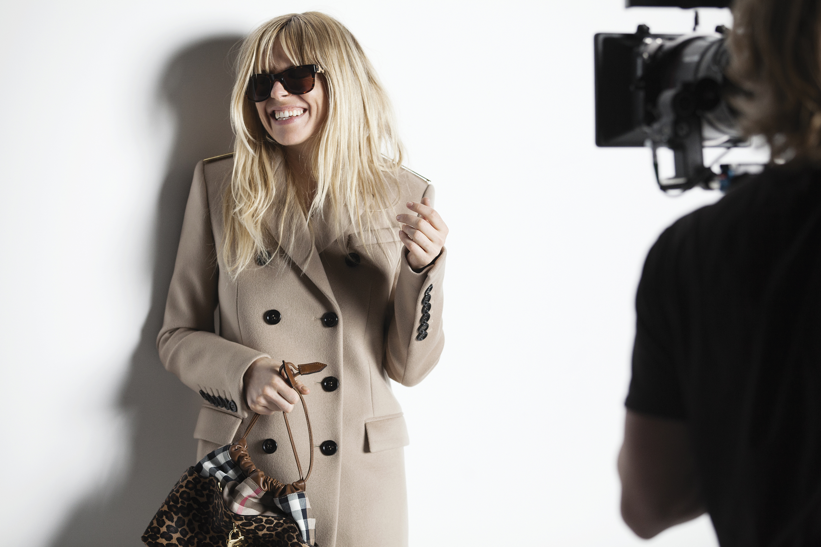 Sienna Miller behind the scenes at the Burberry Autumn_Winter 2013 campaign