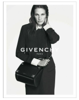 JULIA ROBERTS AND GIVENCHY